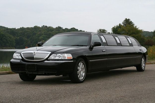Lincoln Stretch Limousine Gdansk