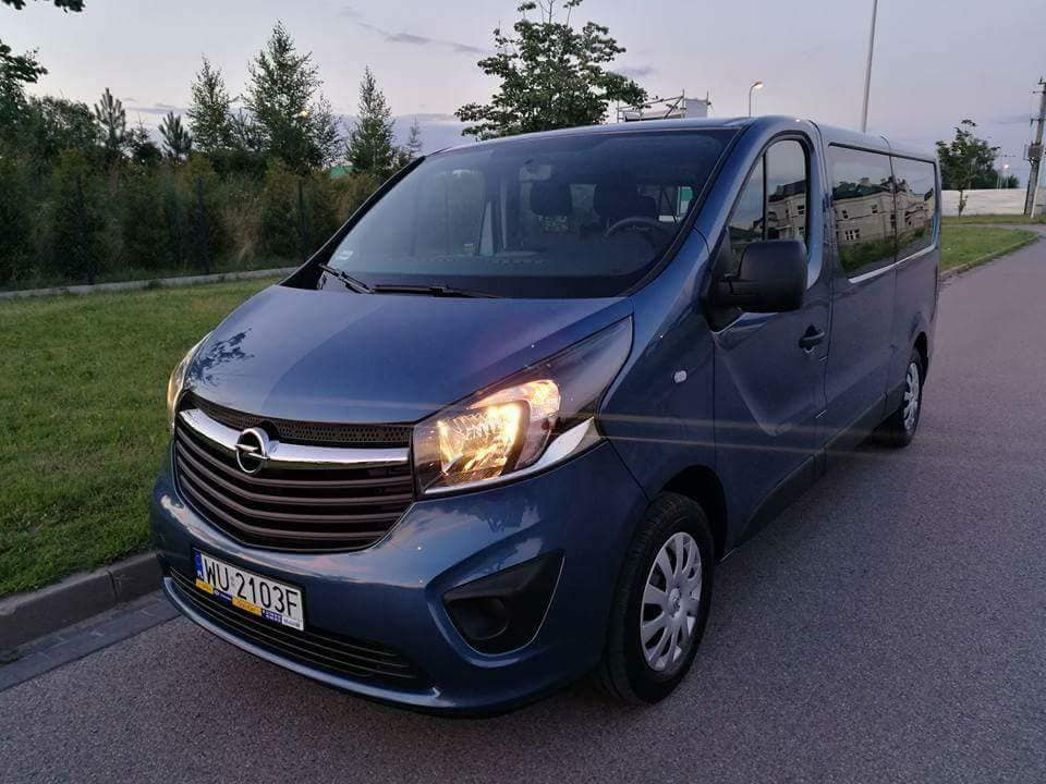 enault bus rental Warsaw